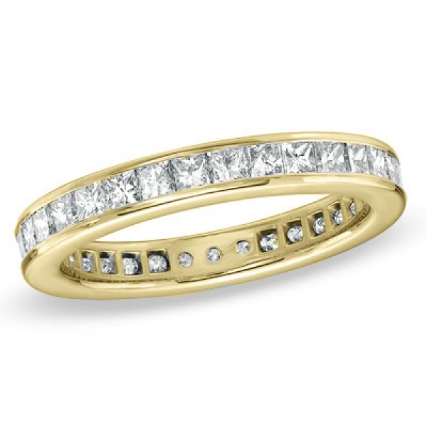2-1/2 CT. T.W. Princess-Cut Diamond Eternity Wedding Band in 18K Gold (G/SI2)